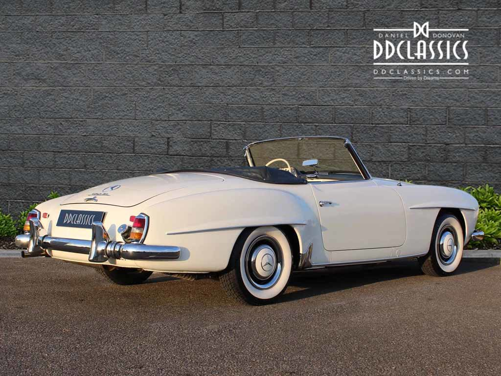 1962 Mercedes 190 SL Roadster (LHD) for sale in London For Sale (picture 5 of 20)