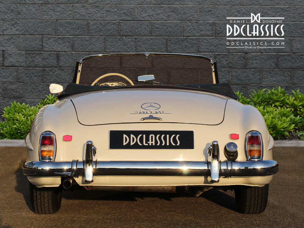 1962 Mercedes 190 SL Roadster (LHD) for sale in London For Sale (picture 9 of 20)
