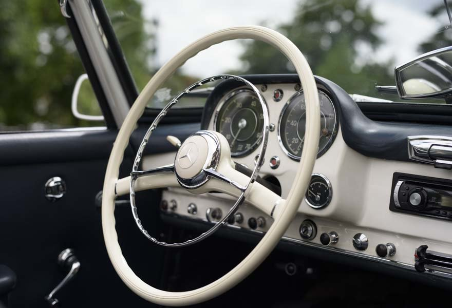 1962 Mercedes 190 SL Roadster (LHD) for sale in London For Sale (picture 12 of 20)