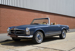 1969 Mercedes-Benz 280SL Pagoda For Sale In London (LHD)