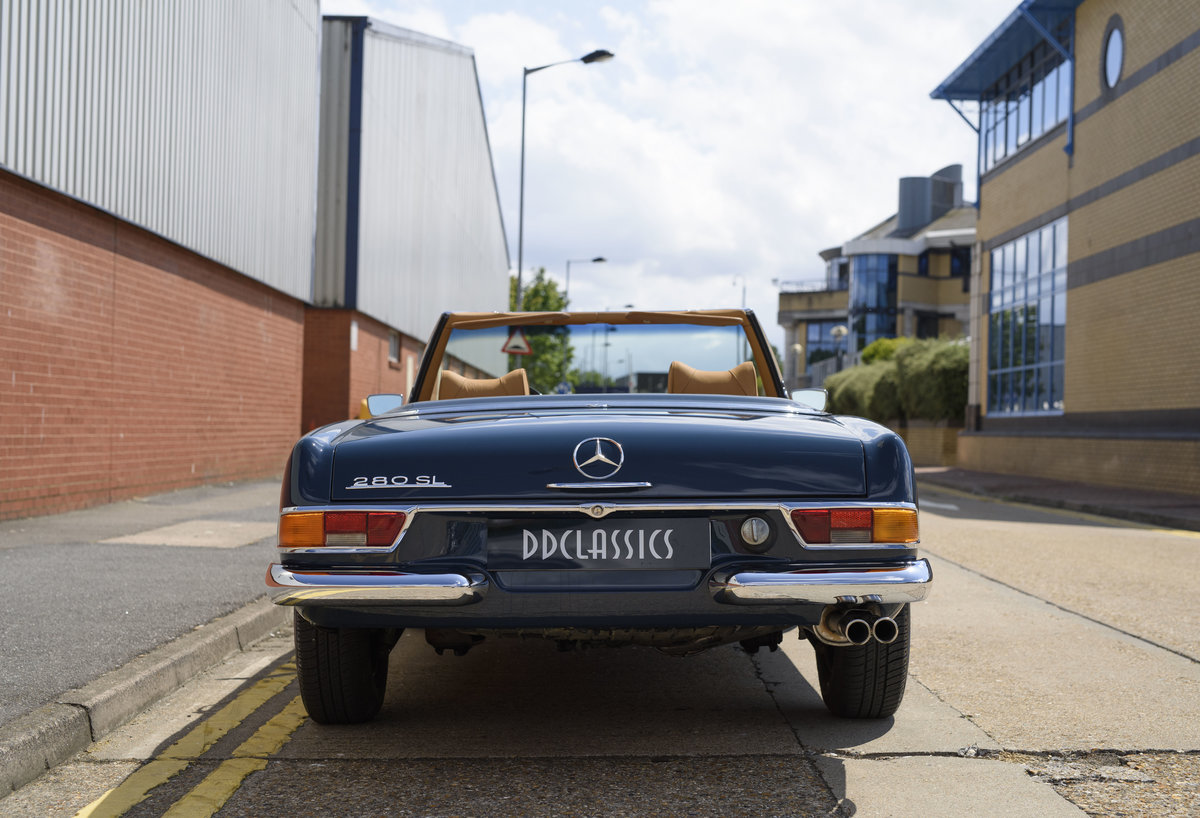 1969 Mercedes-Benz 280SL Pagoda For Sale In London (LHD) For Sale (picture 8 of 24)