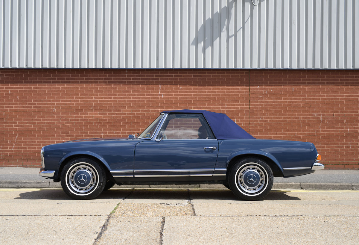 1969 Mercedes-Benz 280SL Pagoda For Sale In London (LHD) For Sale (picture 10 of 24)