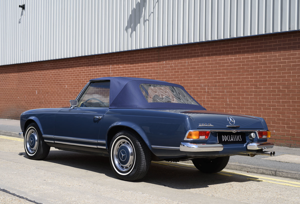 1969 Mercedes-Benz 280SL Pagoda For Sale In London (LHD) For Sale (picture 11 of 24)