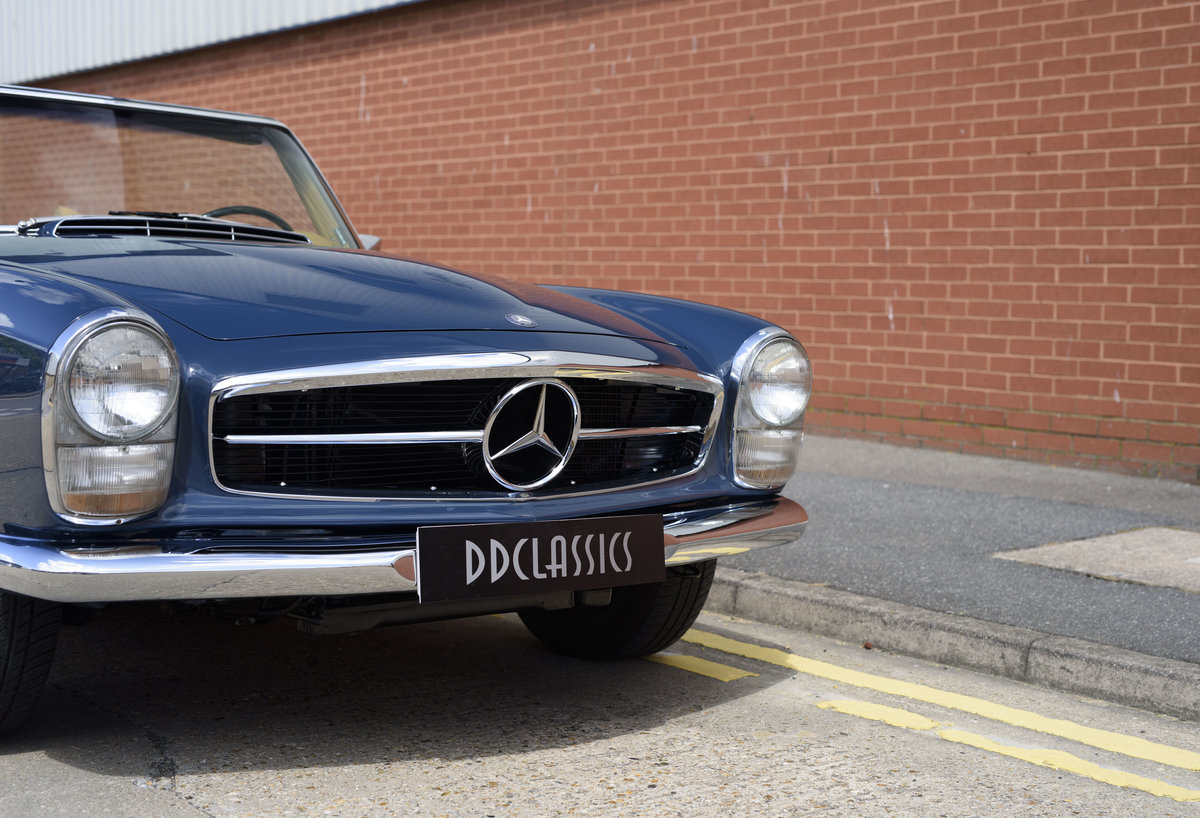 1969 Mercedes-Benz 280SL Pagoda For Sale In London (LHD) For Sale (picture 12 of 24)