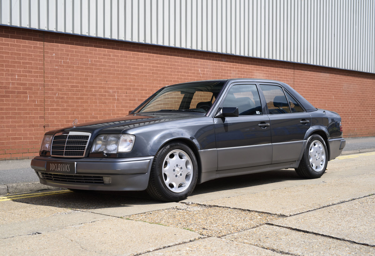 1992 Mercedes-Benz 500E For Sale In London (LHD) For Sale (picture 1 of 19)