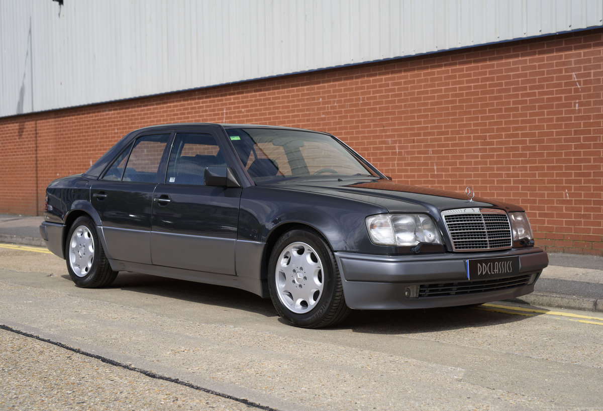 1992 Mercedes-Benz 500E For Sale In London (LHD) For Sale (picture 2 of 19)