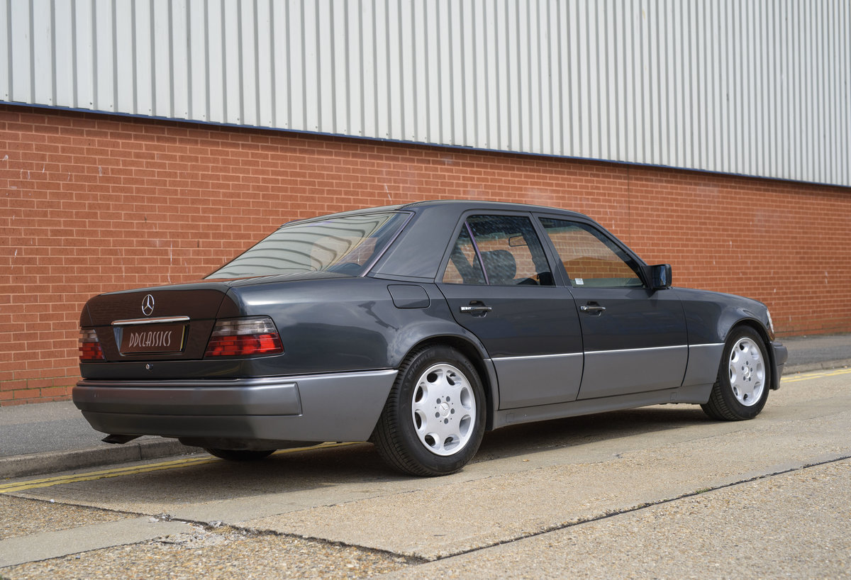 1992 Mercedes-Benz 500E For Sale In London (LHD) For Sale (picture 3 of 19)