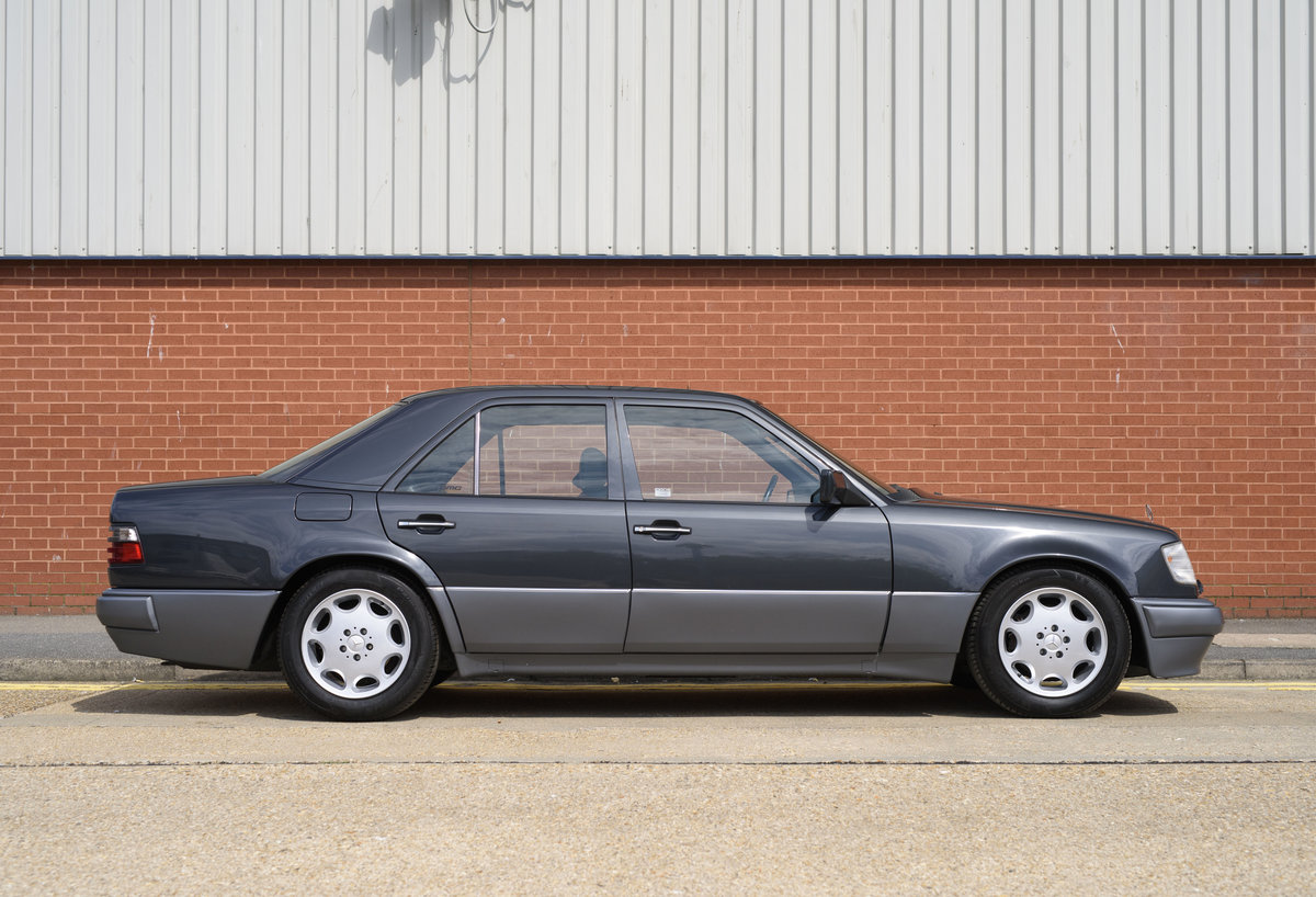 1992 Mercedes-Benz 500E For Sale In London (LHD) For Sale (picture 5 of 19)
