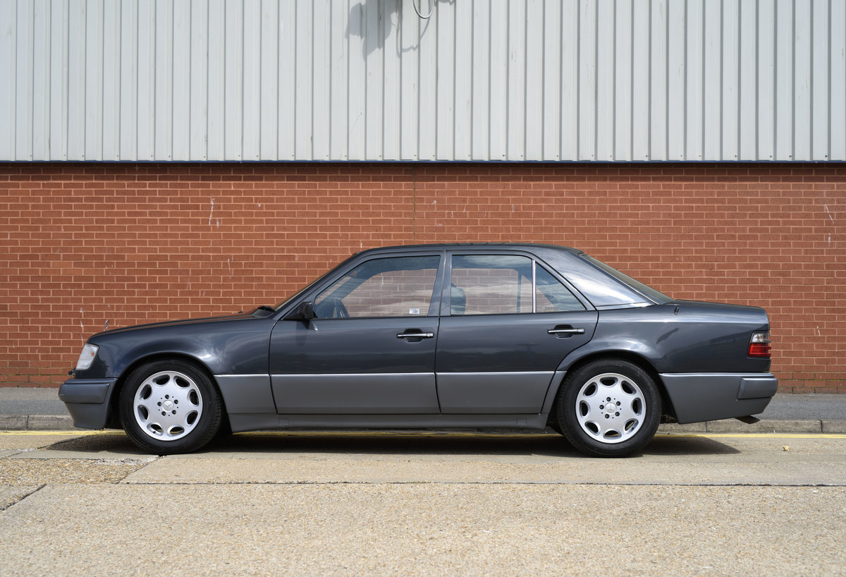 1992 Mercedes-Benz 500E For Sale In London (LHD) For Sale (picture 6 of 19)