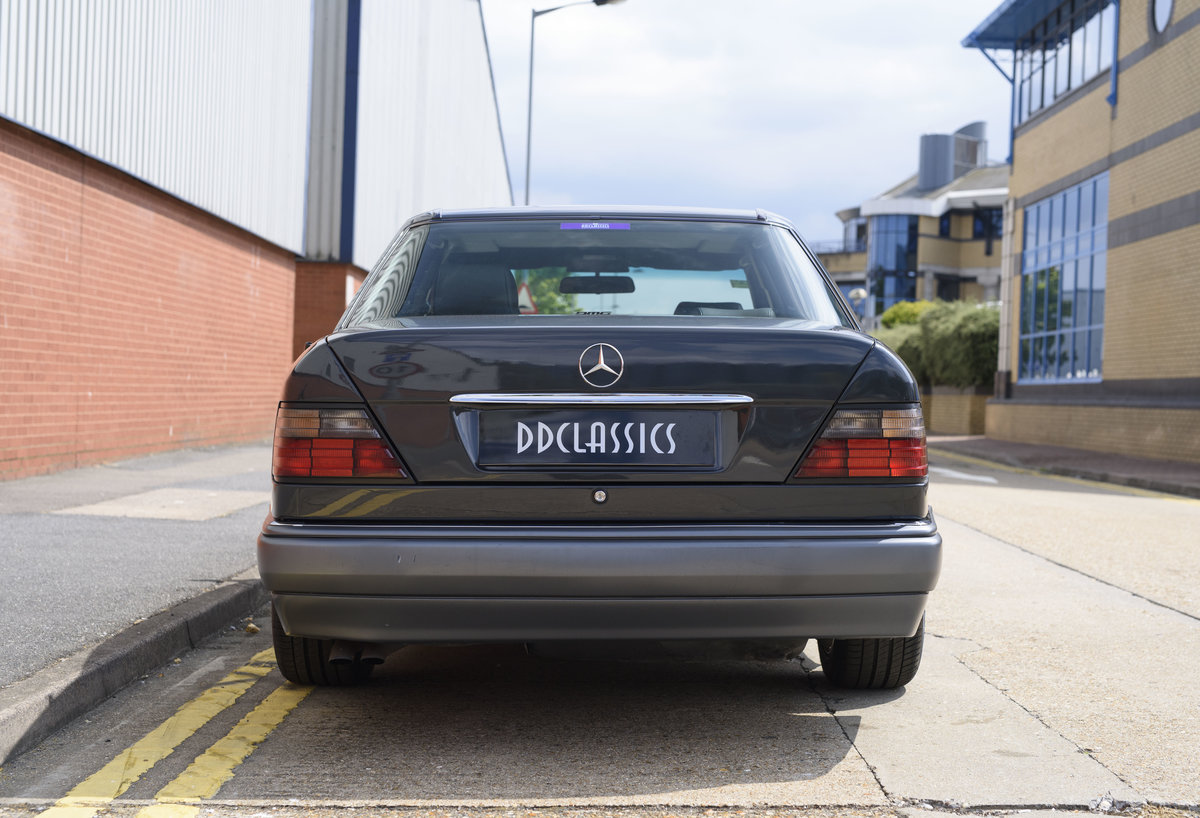 1992 Mercedes-Benz 500E For Sale In London (LHD) For Sale (picture 8 of 19)