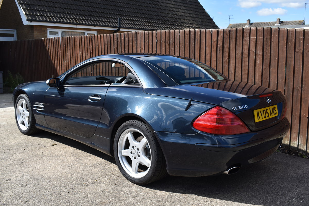 2005 Mercedes Sl500 For Sale (picture 1 of 6)