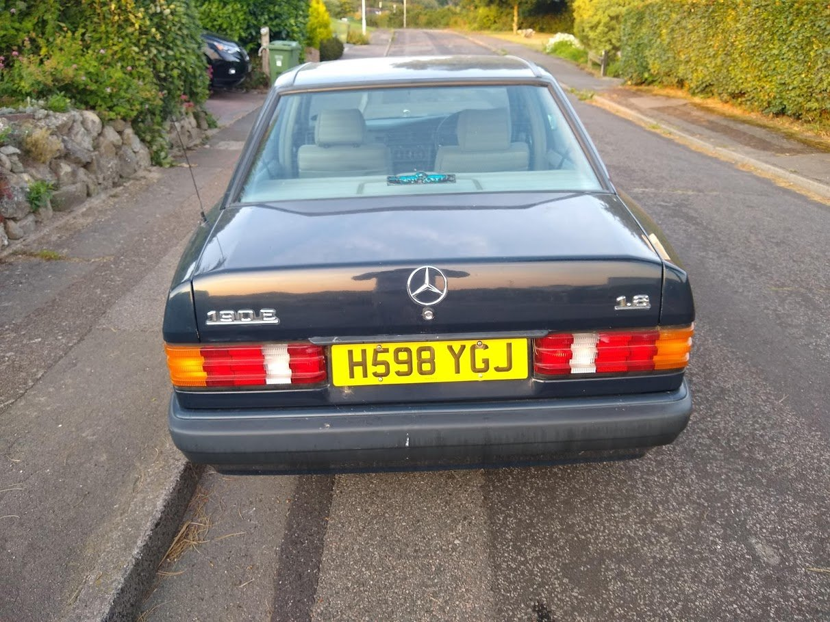 1991 Mercedes 190E 1.8 manual, two owners, MOT December For Sale (picture 4 of 6)