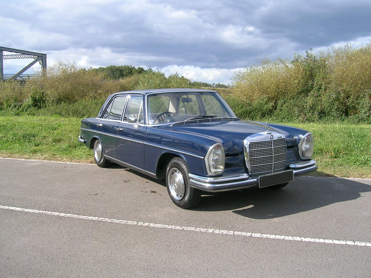 1972 Mercedes 280 SE Historic Vehicle For Sale (picture 1 of 6)