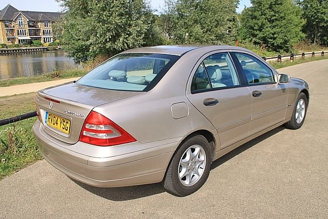 2004 Mercedes Benz C180 Classic (One Lady Owner) For Sale (picture 2 of 6)