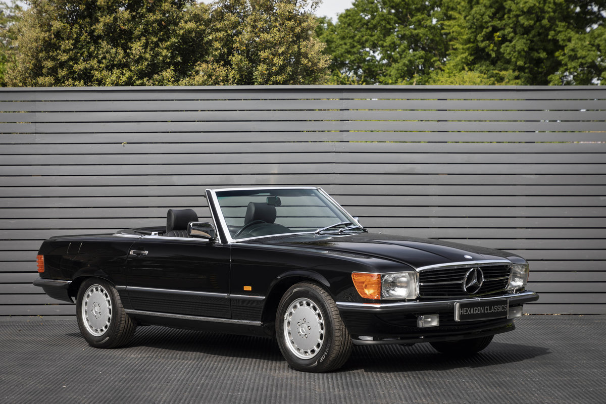 1988 Mercedes 500SL R107 ONLY 4700 MILES For Sale (picture 1 of 6)
