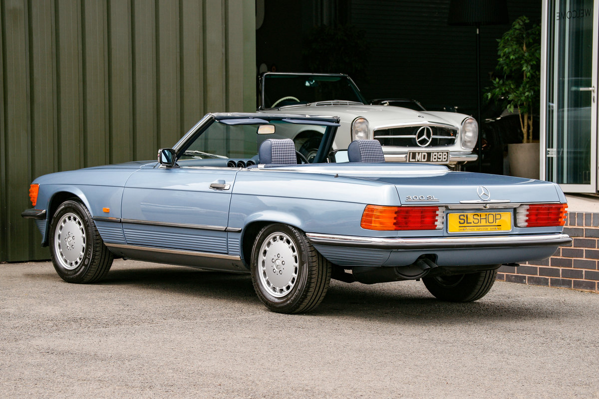 1986 Mercedes-Benz 300SL (R107) #2152 53k miles For Sale (picture 2 of 6)