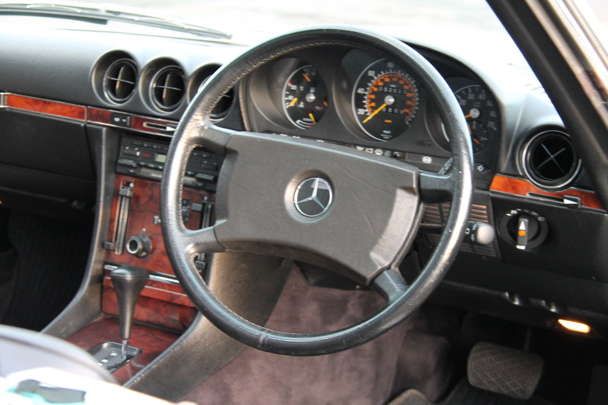 1986 Mercedes-Benz 300SL (R107) #2073 For Sale (picture 4 of 6)