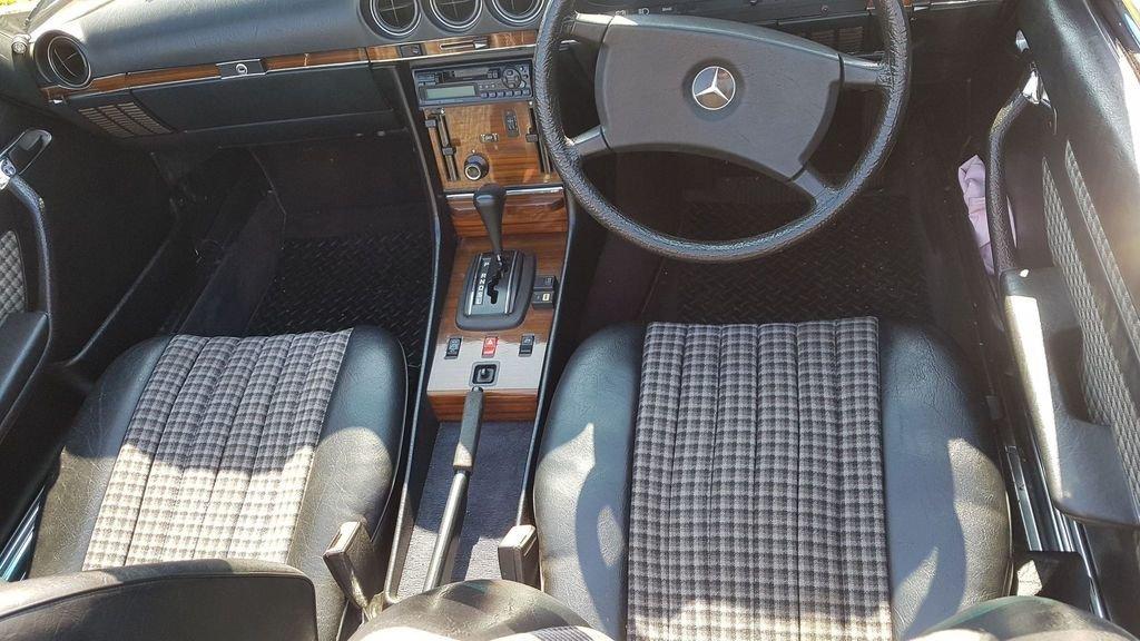 1983 Mercedes 280SL 1982 W107 Sports Convertible Auto Bargain  SOLD (picture 4 of 6)