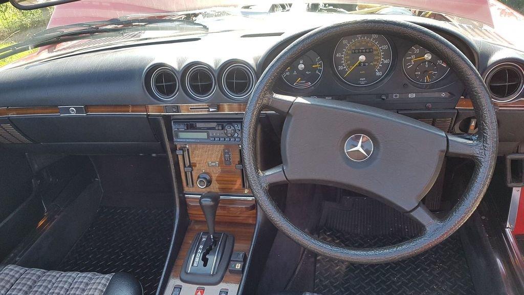 1983 Mercedes 280SL 1982 W107 Sports Convertible Auto Bargain  SOLD (picture 5 of 6)