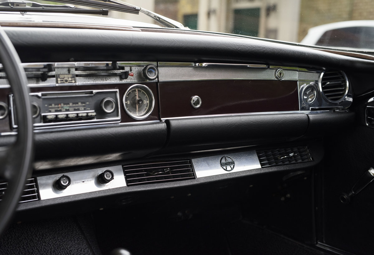 1969 Mercedes-Benz 280SL Pagoda (LHD) For Sale In London For Sale (picture 18 of 24)