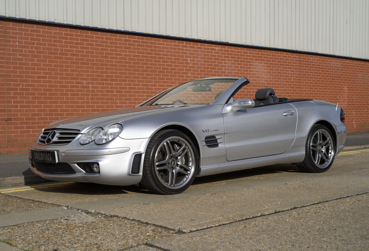 2005 Mercedes-Benz SL65 AMG V12 Bi Turbo F1 Pace Car (RHD) For Sale (picture 1 of 24)