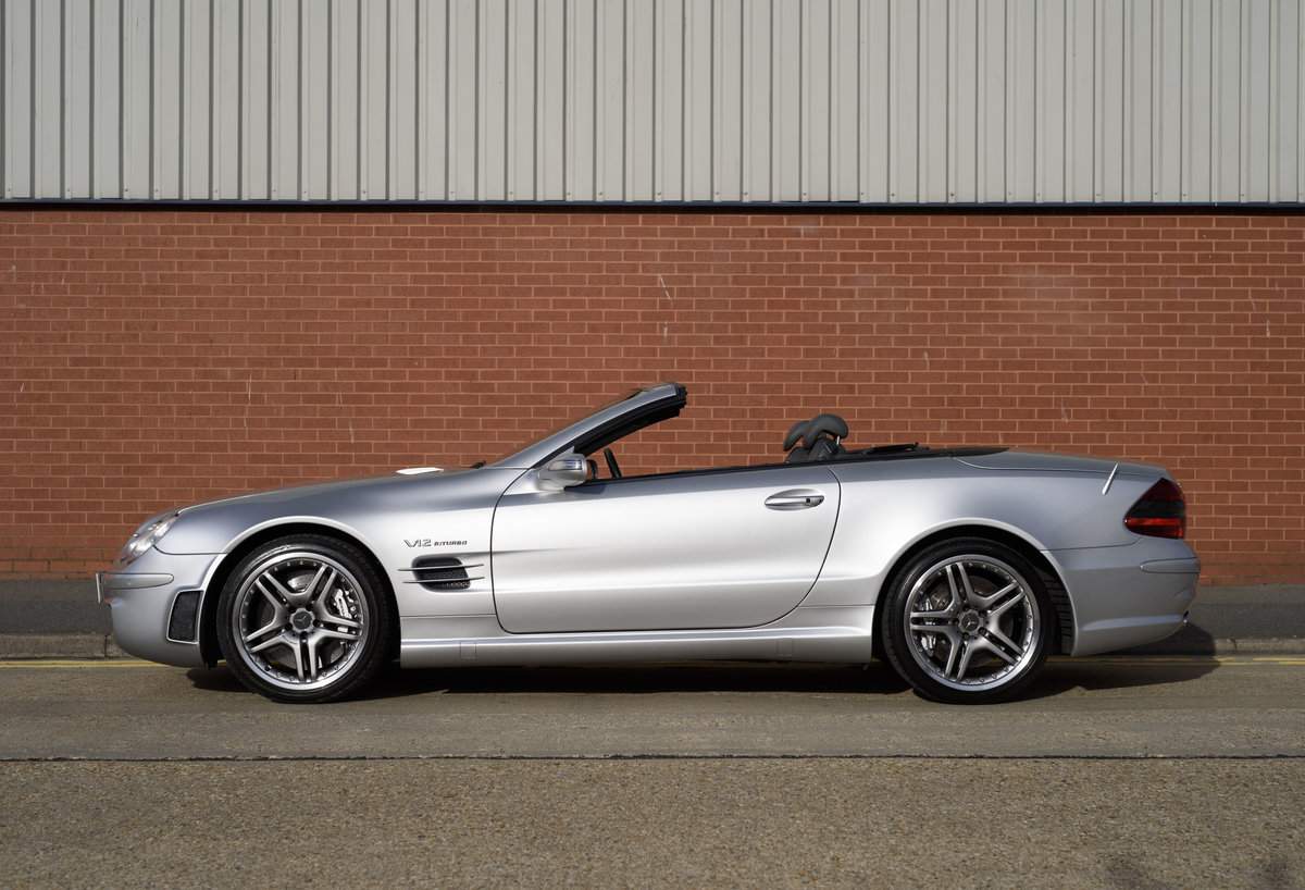 2005 Mercedes-Benz SL65 AMG V12 Bi Turbo F1 Pace Car (RHD) For Sale (picture 6 of 24)