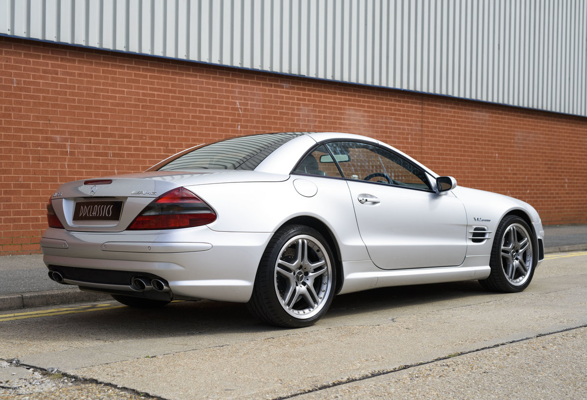 2005 Mercedes-Benz SL65 AMG V12 Bi Turbo F1 Pace Car (RHD) For Sale (picture 11 of 24)