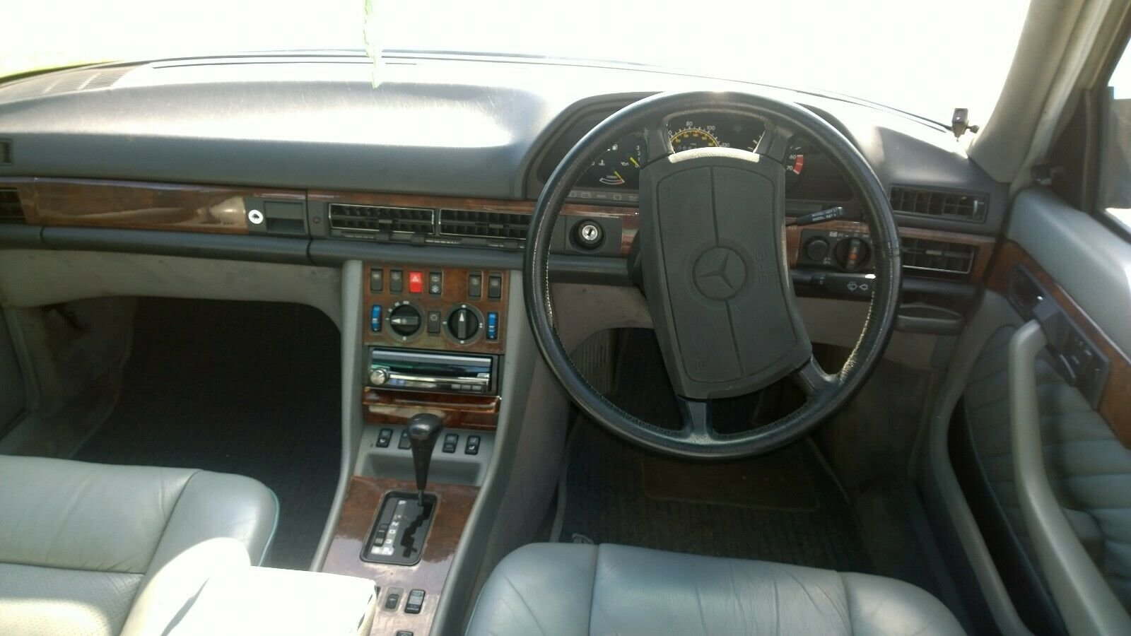 1988 Mercedes 560 SEL, V8, W126, 2+2, Cheapest in UK For Sale (picture 6 of 6)