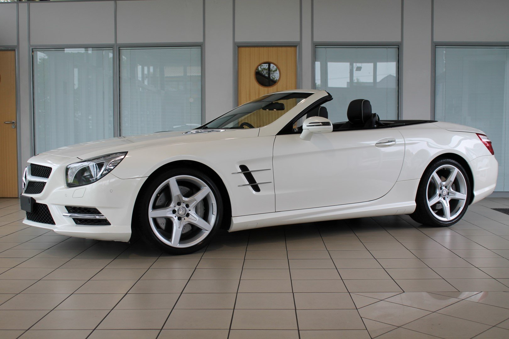 2014/14 Mercedes-Benz SL350 AMG Sport For Sale (picture 1 of 6)