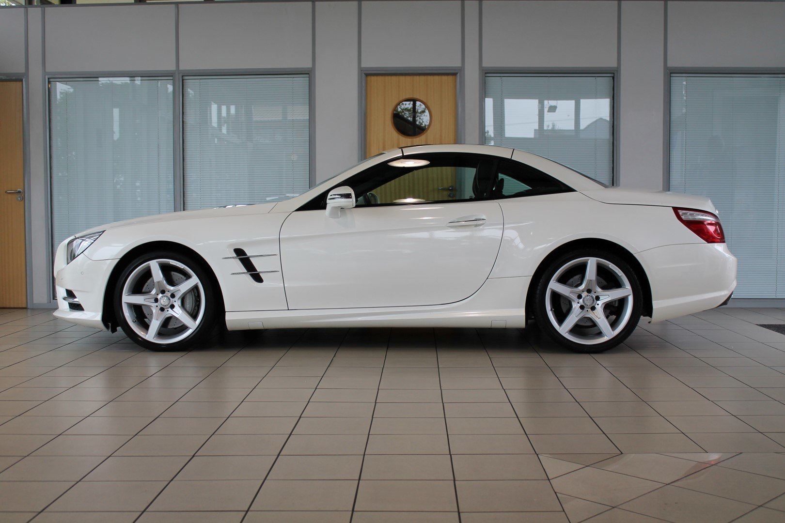 2014/14 Mercedes-Benz SL350 AMG Sport For Sale (picture 3 of 6)
