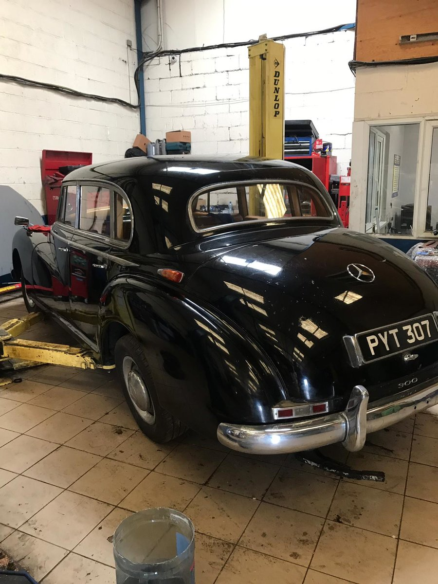 1955 Mercedes 300B Adenauer right hand drive For Sale (picture 2 of 6)