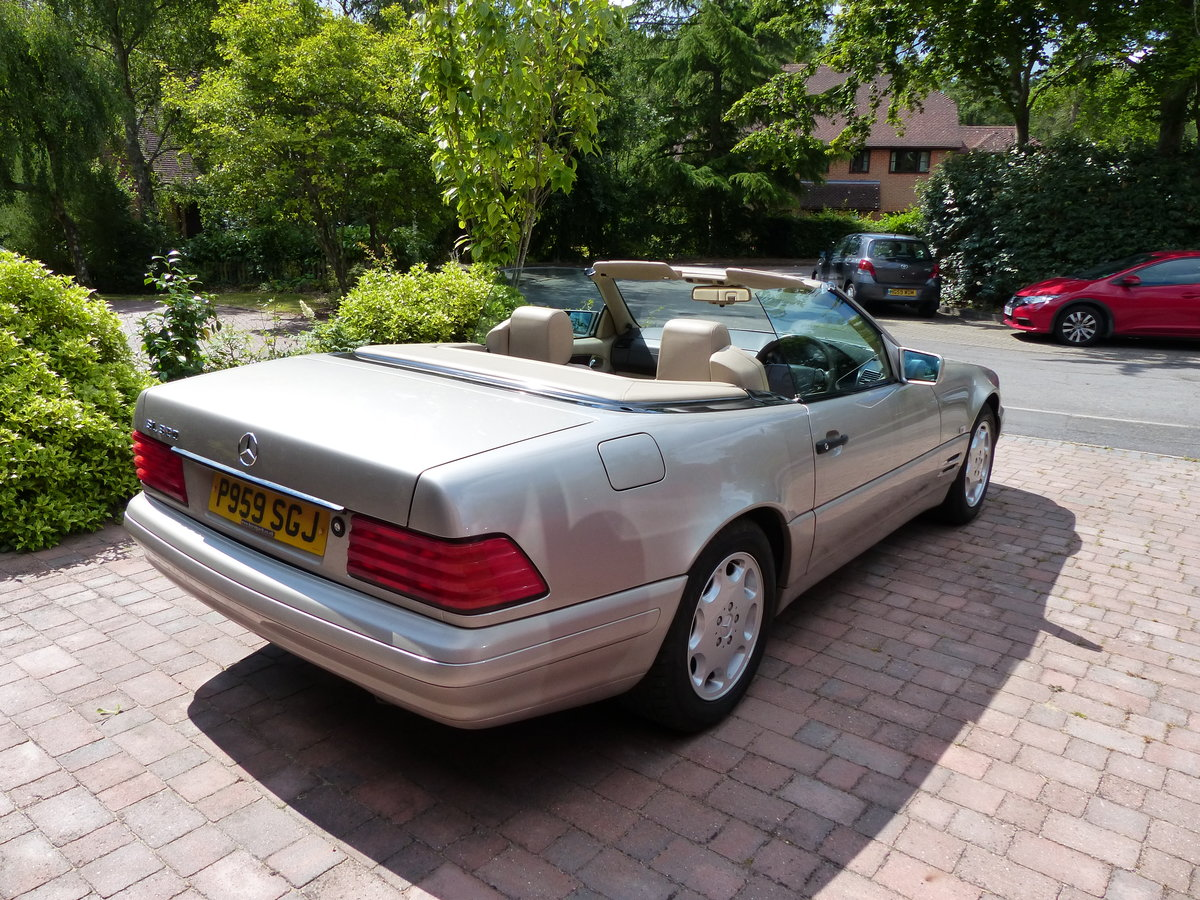 Mercedes Benz SL320 R129 1996 For Sale (picture 1 of 6)