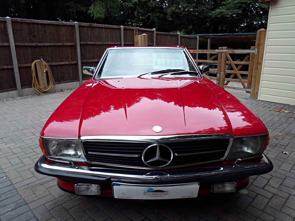 1983 Mercedes sl 500 r107 model For Sale (picture 2 of 6)