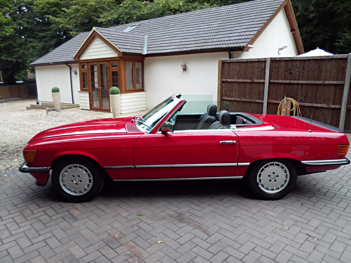 1983 Mercedes sl 500 r107 model For Sale (picture 6 of 6)