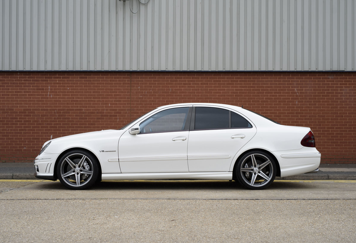 2002 Mercedes Benz E55 AMG For Sale in London (RHD) For Sale (picture 6 of 23)