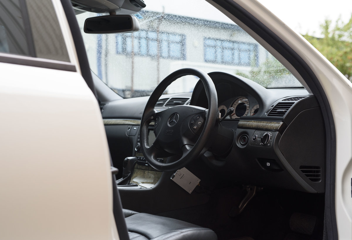 2002 Mercedes Benz E55 AMG For Sale in London (RHD) For Sale (picture 12 of 23)