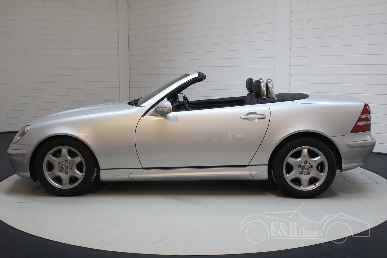 Mercedes-Benz SLK200 2000 only 57784 km For Sale (picture 5 of 6)