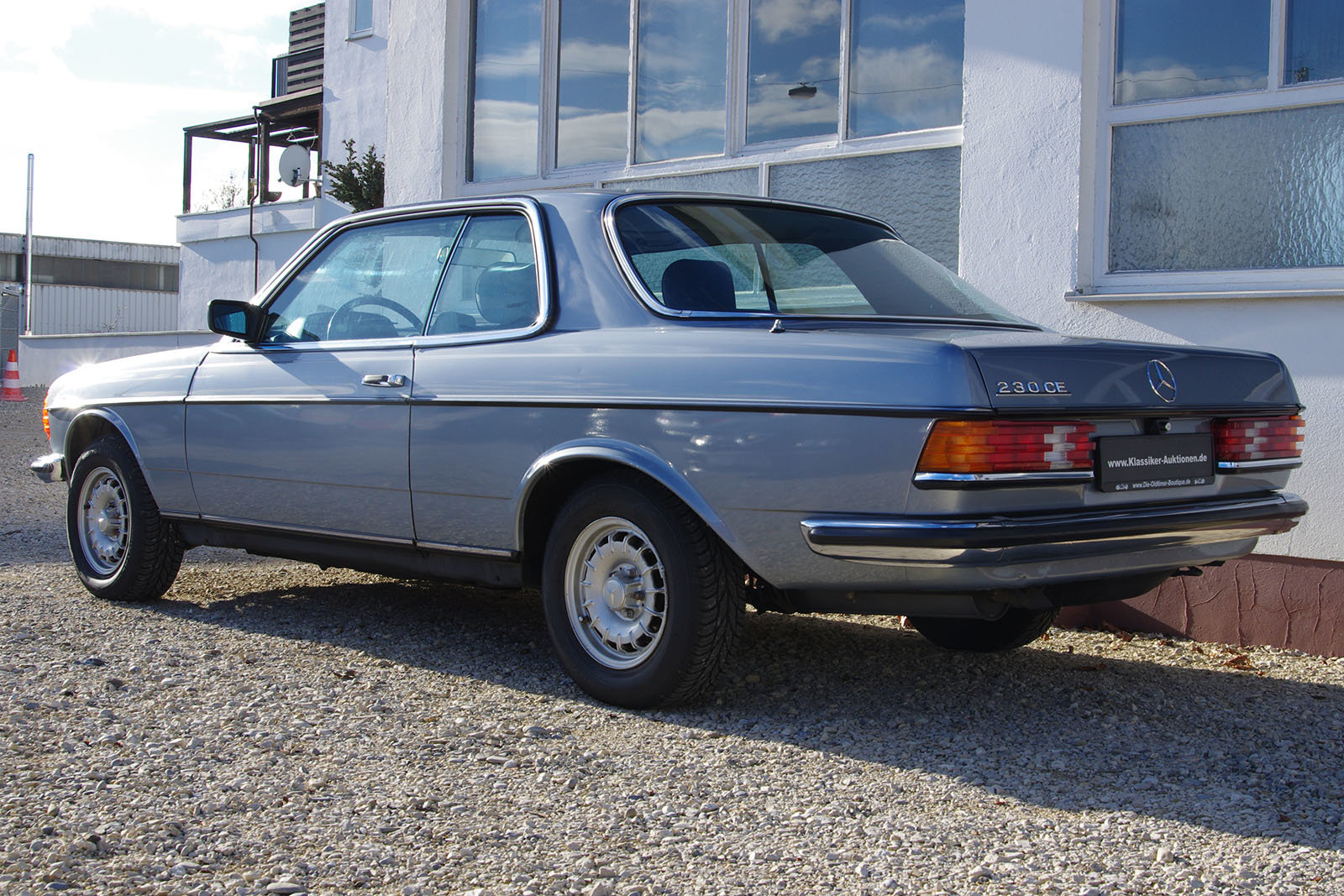 1983 Mercedes-Benz 230 CE - C123 - LHD - only 3 owners in 35 year For Sale (picture 3 of 6)