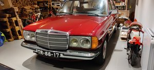 1979 Mercedes 200 w123 For Sale