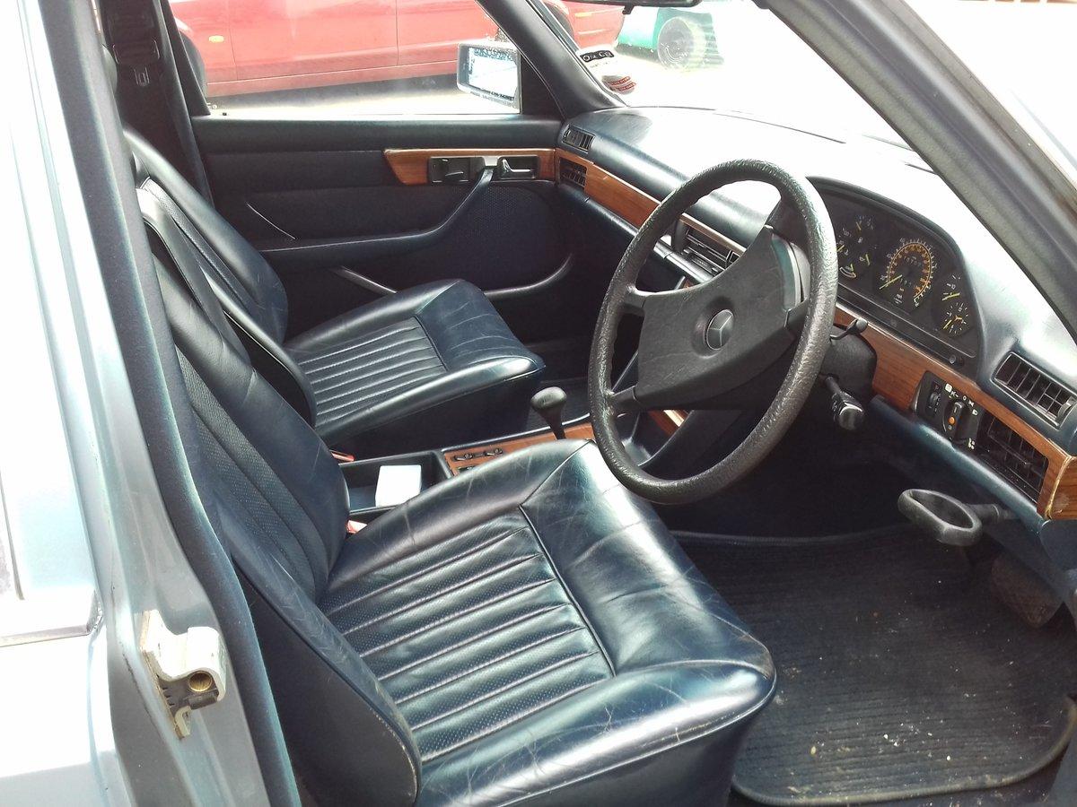 1986 Mercedes 500SE V8 For Sale (picture 3 of 6)