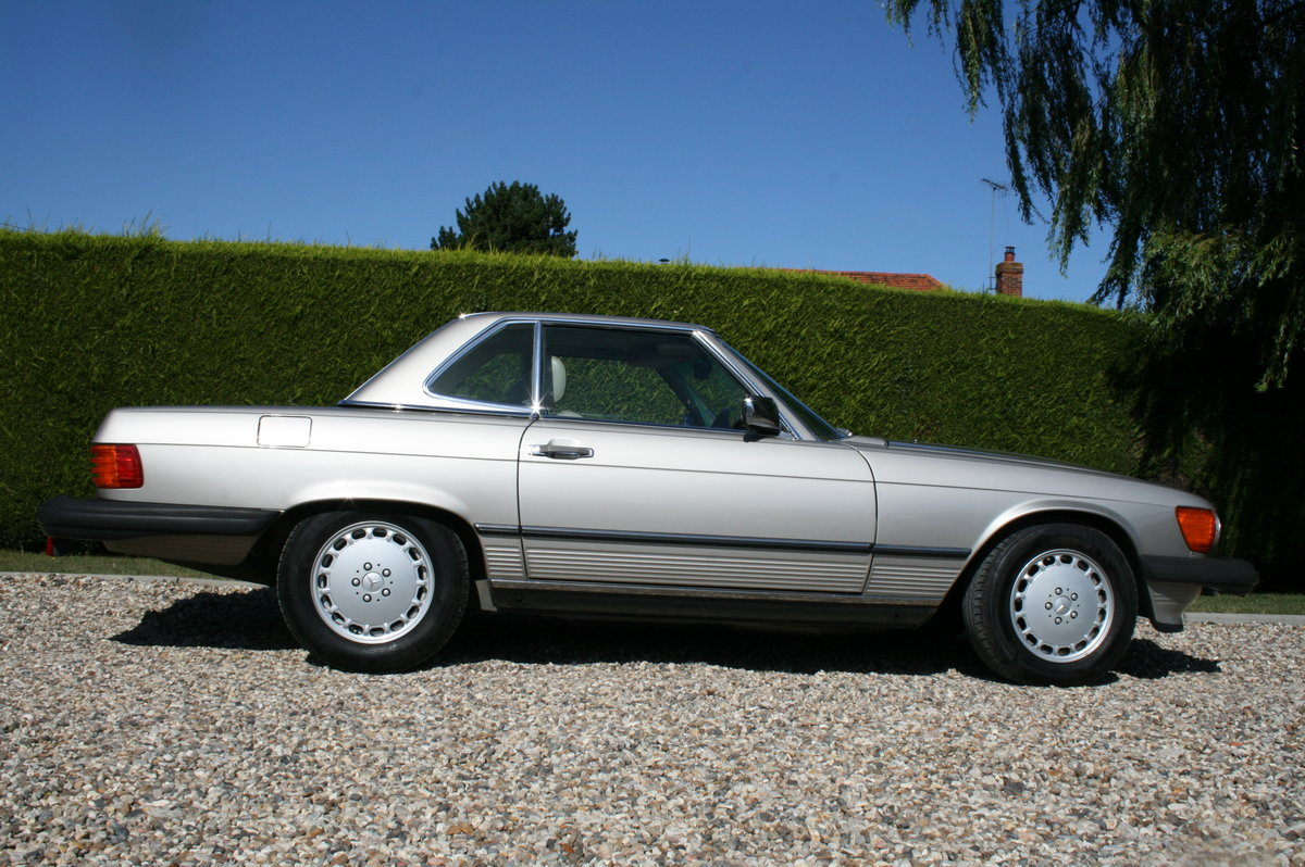 1988 Mercedes-Benz 560 SL AUTO. 2 owner from new.46,000 miles For Sale (picture 6 of 6)