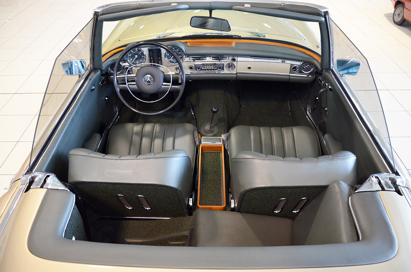 1968 -Mercedes 280 SL-Hard top-3 Seats LHD-Manual-Euro Specs For Sale (picture 4 of 6)