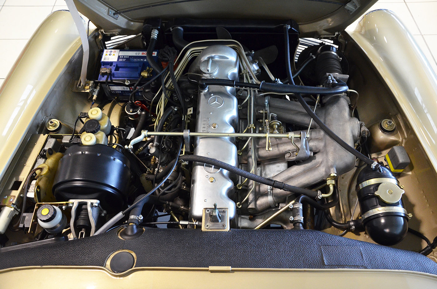 1968 -Mercedes 280 SL-Hard top-3 Seats LHD-Manual-Euro Specs For Sale (picture 5 of 6)