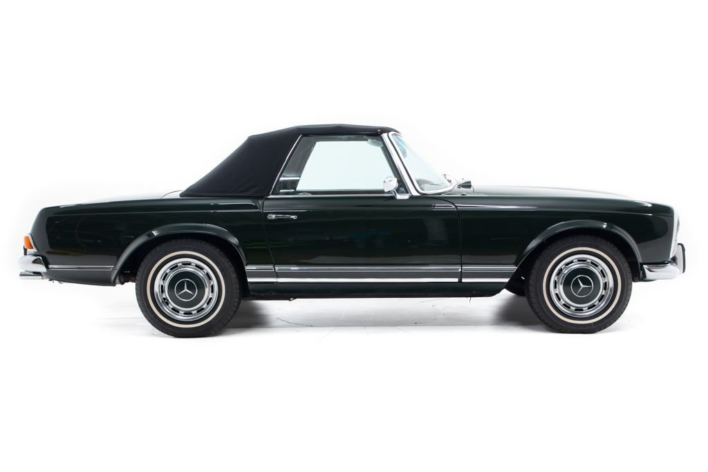 1969 Mercedes 280SL Convertible Pagoda Restored Green 2.9k miles  For Sale (picture 2 of 6)
