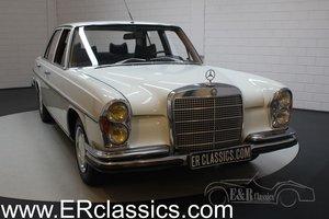 Mercedes-Benz 280SE W108 Saloon 1968 Papyrusweiss