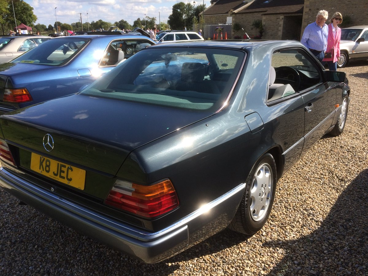 MERCEDES  COUPE 220CE 1993 78000 F/S/H SOLD (picture 4 of 6)