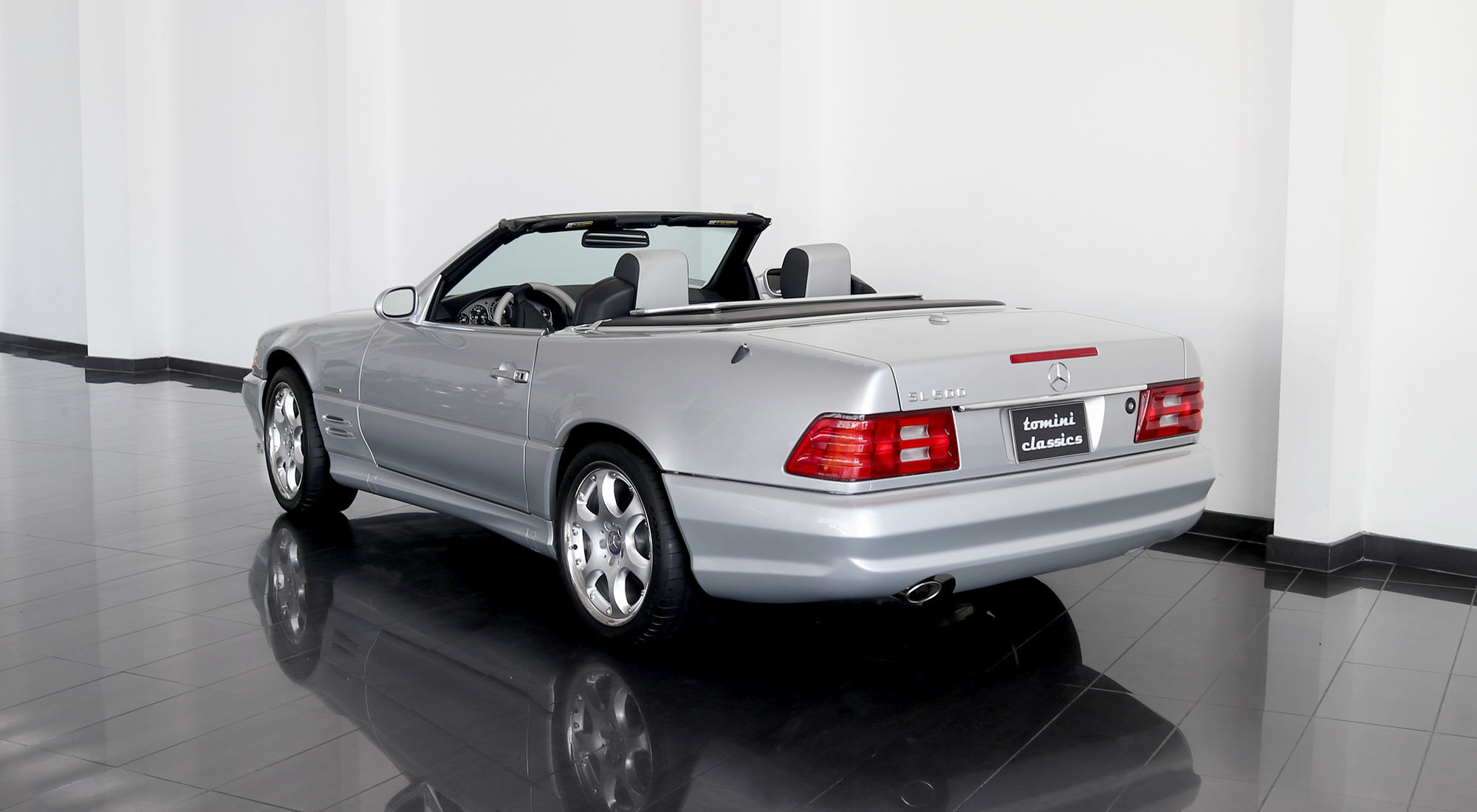 Mercedes-Benz SL500 Silver Arrow (2002) For Sale (picture 3 of 6)