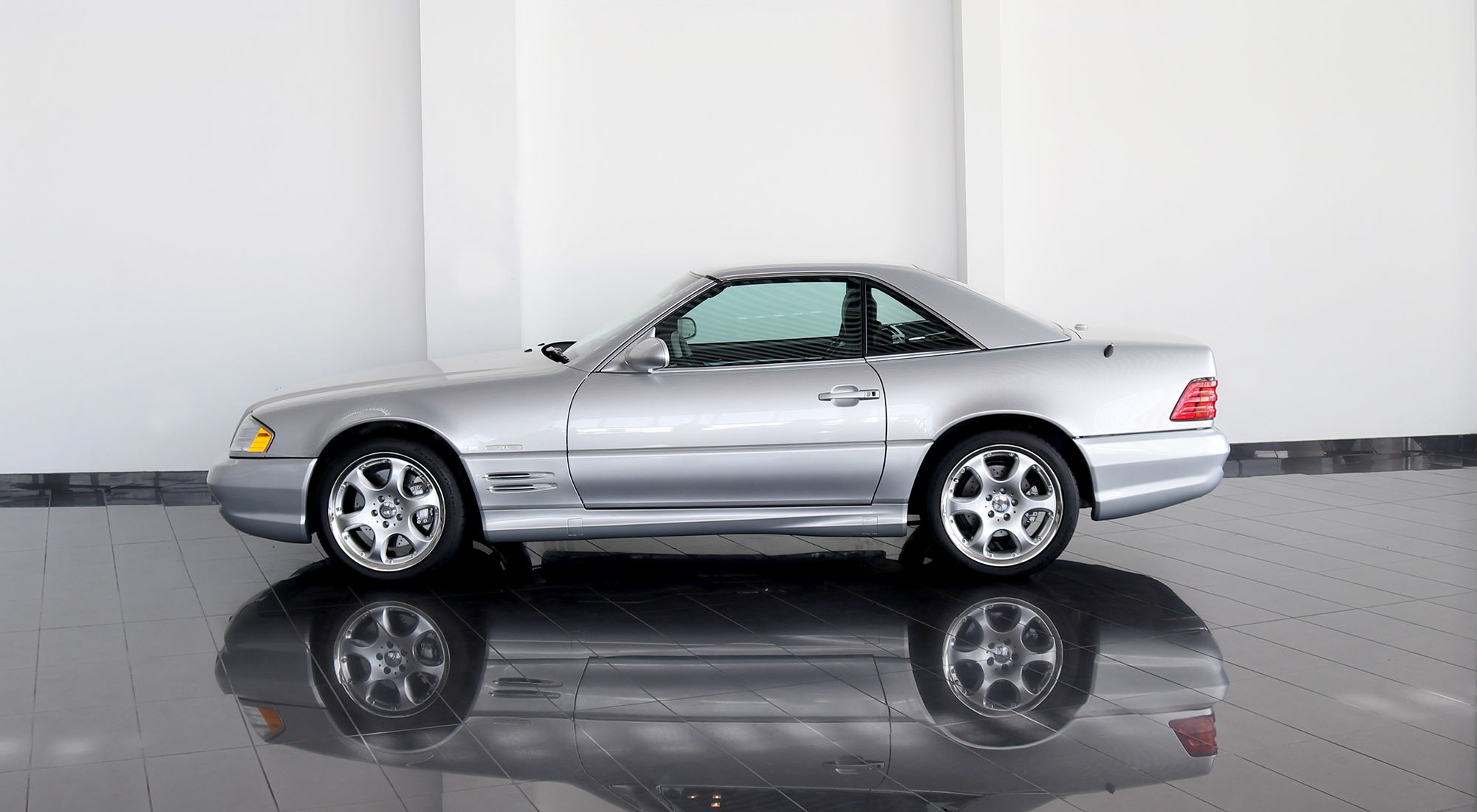 Mercedes-Benz SL500 Silver Arrow (2002) For Sale (picture 6 of 6)
