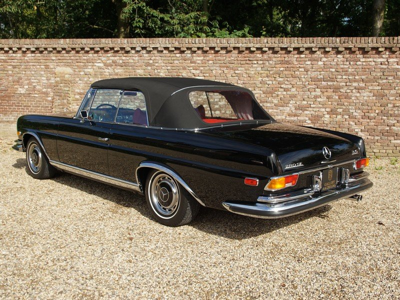 1971 Mercedes Benz 280SE 3.5 Convertible Matching numbers For Sale (picture 2 of 6)