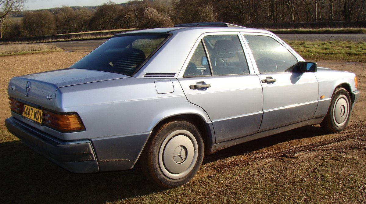 1993 Mercedes 190E 1.8 petrol manual SOLD (picture 2 of 6)